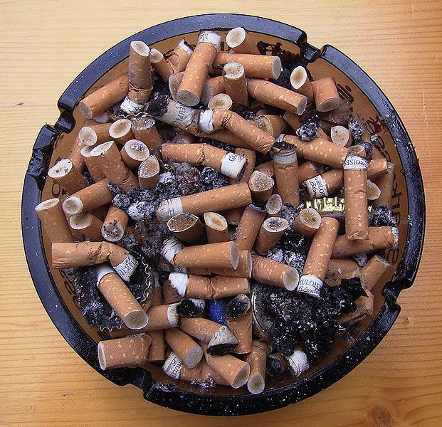 621px-Full_Ashtray.jpg