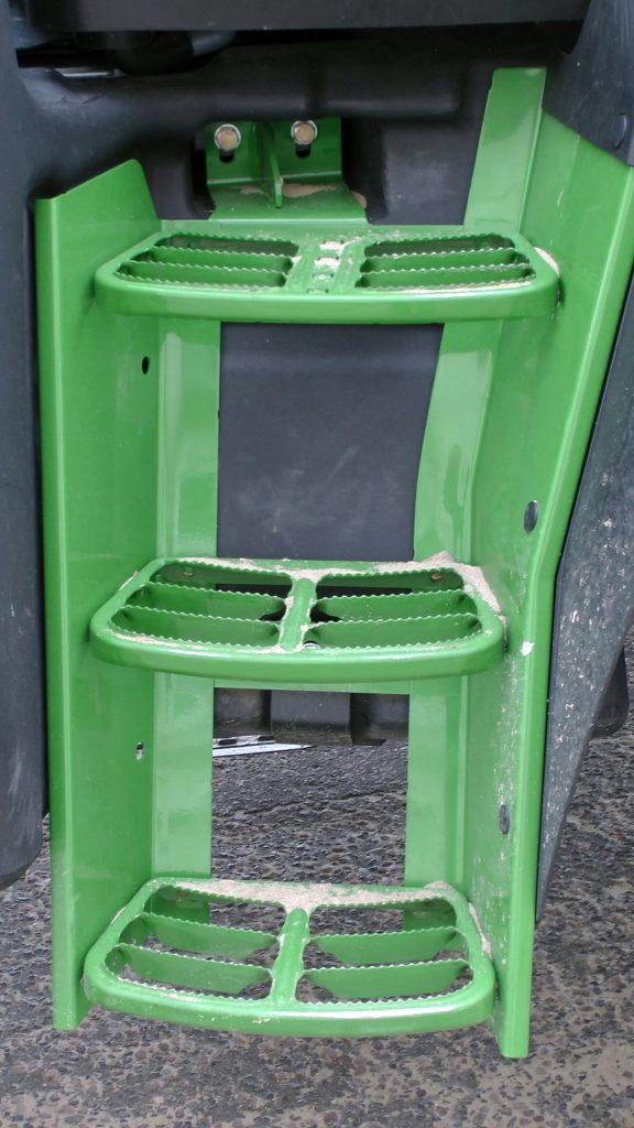 bulldozer-tractor-steps-576x1024