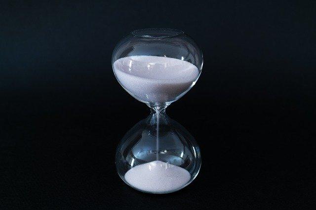 hourglass-4387462_640