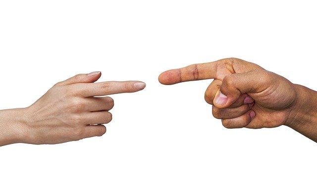 finger-3639605_640